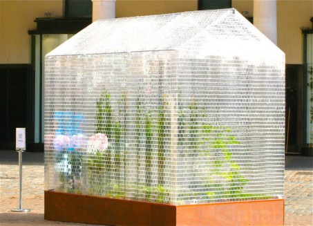 Sebastian-Bergne-LEGO-Greenhouse-2